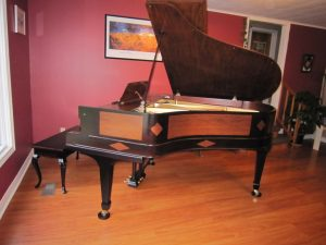 Image of a piano