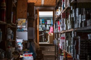 organize a storage unit - full shelves