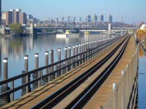 Bronx New York City Railroad - Reasons why Bronx is the best NYC borough