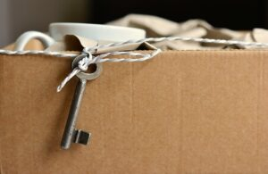 A properly packed moving box is a way to prepare your NYC moving budget.