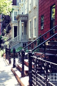 Brooklyn, street. Pick the right area in this borough to be your home, and then learn how to find the perfect Brooklyn moving services in 2021.
